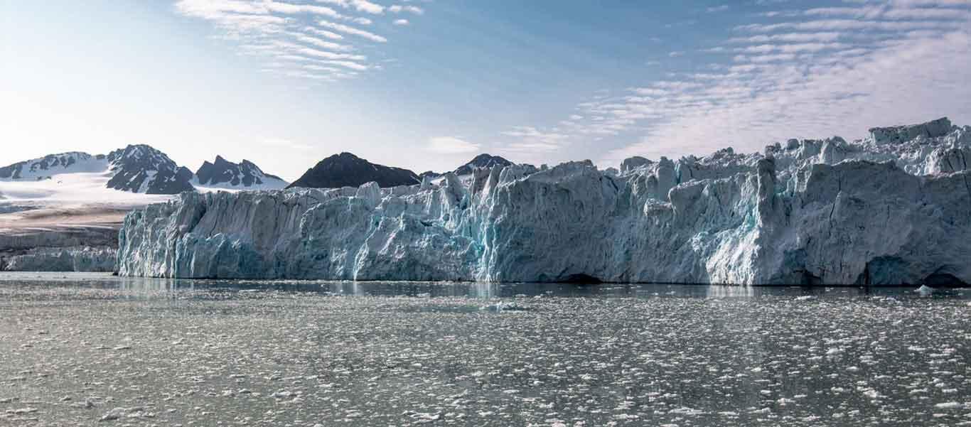 Franz Josef Land cruise photo of iceberg