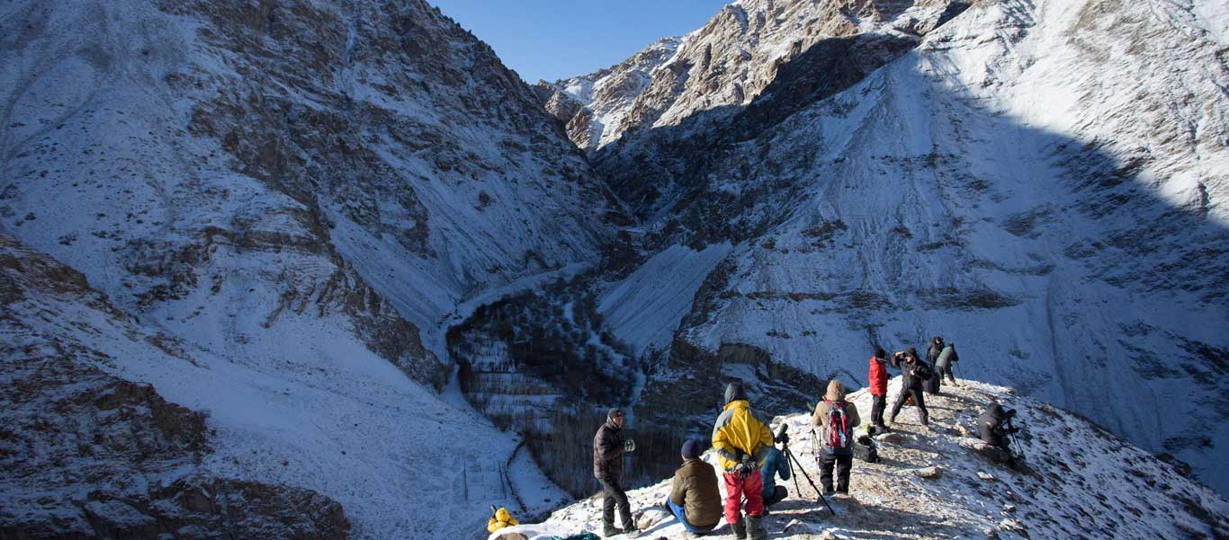 Snow Leopard Adventures image of Apex Expeditions travelers in Hemis National Park