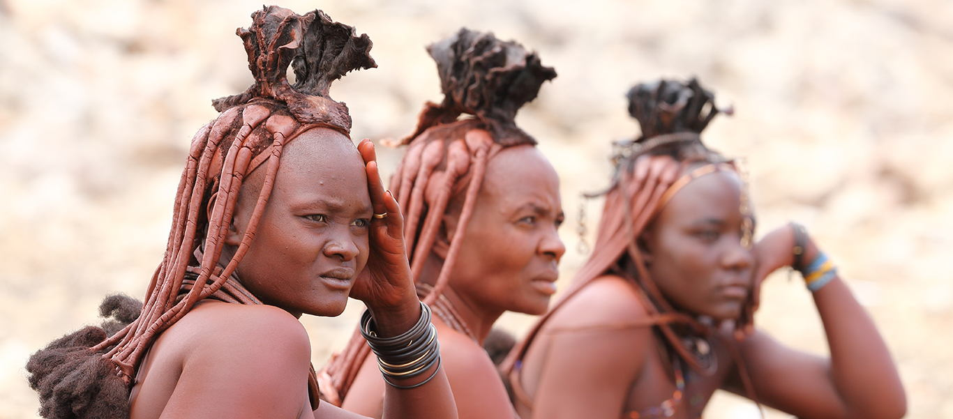 Namibia tour slide shows three nomadic Himba women
