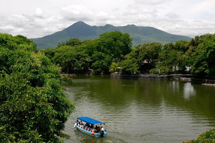 Nicaragua tour image of river near Granada