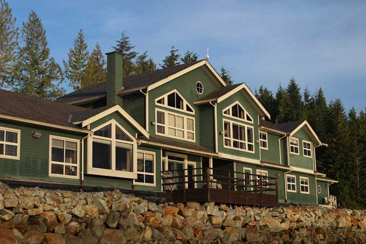 canada spirit bear tour image of Shearwater Resort in Bella Bella