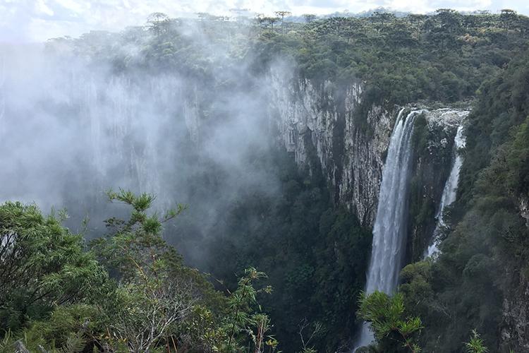 Itaimbezinho Canyon Brazil seen on 9000 bird quest