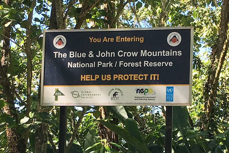 Sign for Blue Mountain National Park