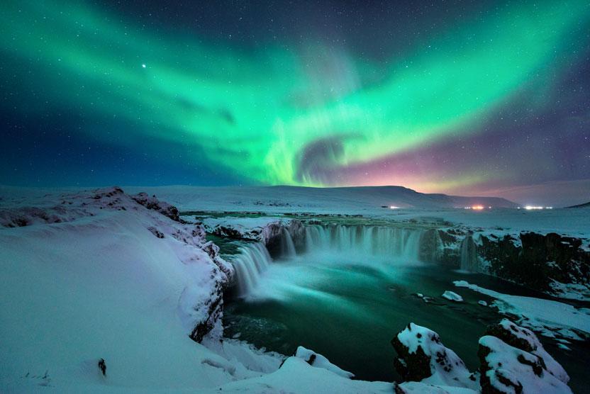 Iceland in Spring Tour photo of aurora borealis